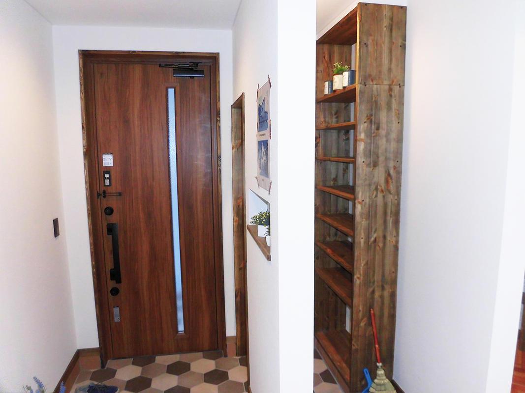 玄関を改修する時にシューズクローゼットを設けました。