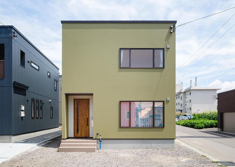 2つリビングでライフスタイルを快適にした自由な二世帯住宅