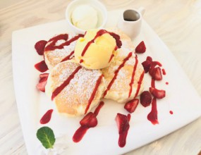 Cafe Capricieux @函館市富岡町